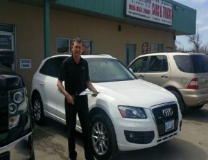 Marek and his 2009 Audi Q5 in gorgeous white!